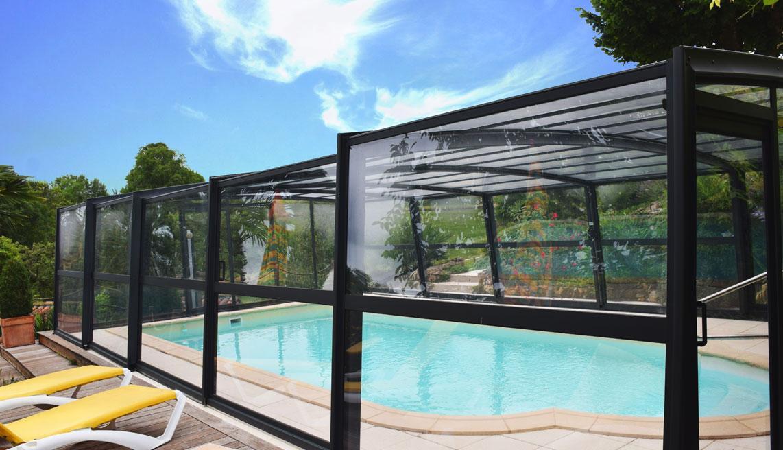 abri haut véranda piscine