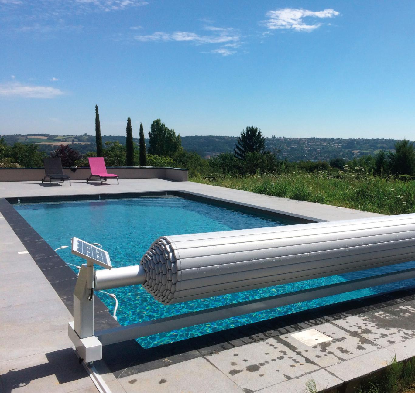 volet de piscine slide and roll azenco