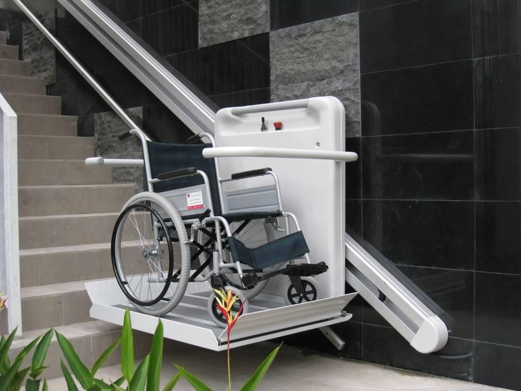 monter un fauteuil roulant