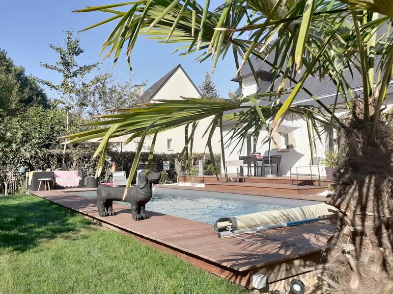 décoration plage de piscine